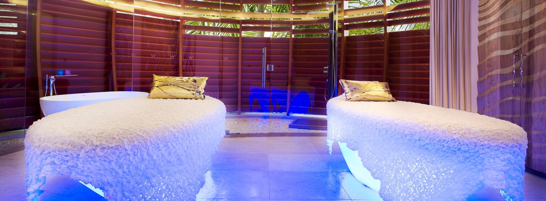 Away Spa duo delight treatment room